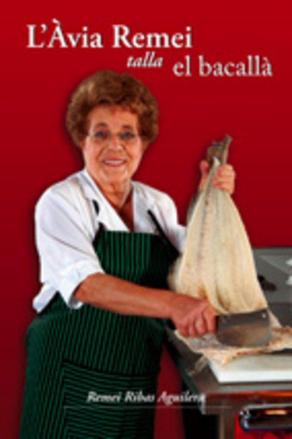 L'Àvia Remei talla el bacallà